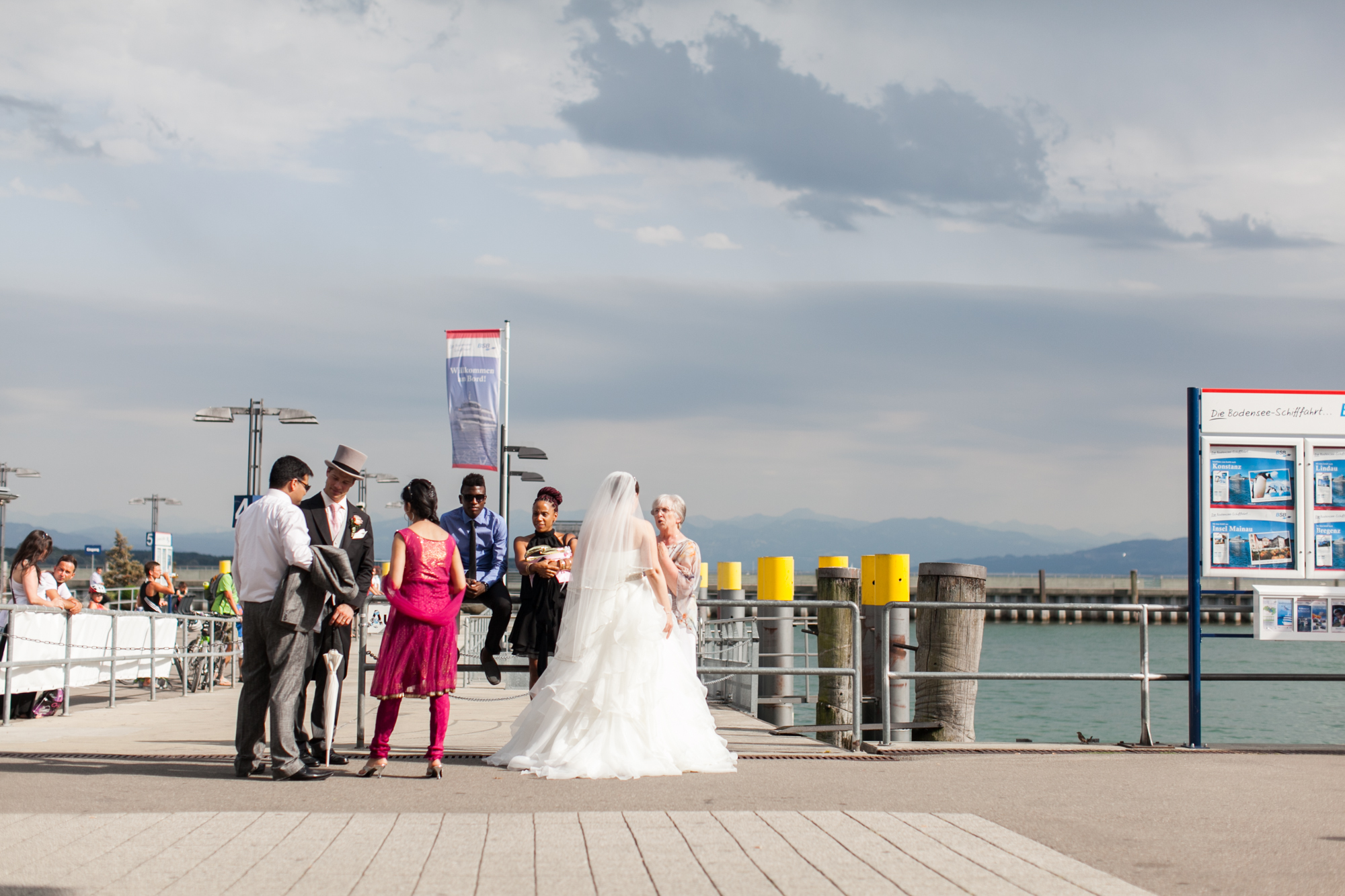 Fotograf Konstanz - Hochzeit Raphaela Phillip 063 - Wedding Story from Raphaela and Phillip at Lake of Constance  - 125 -