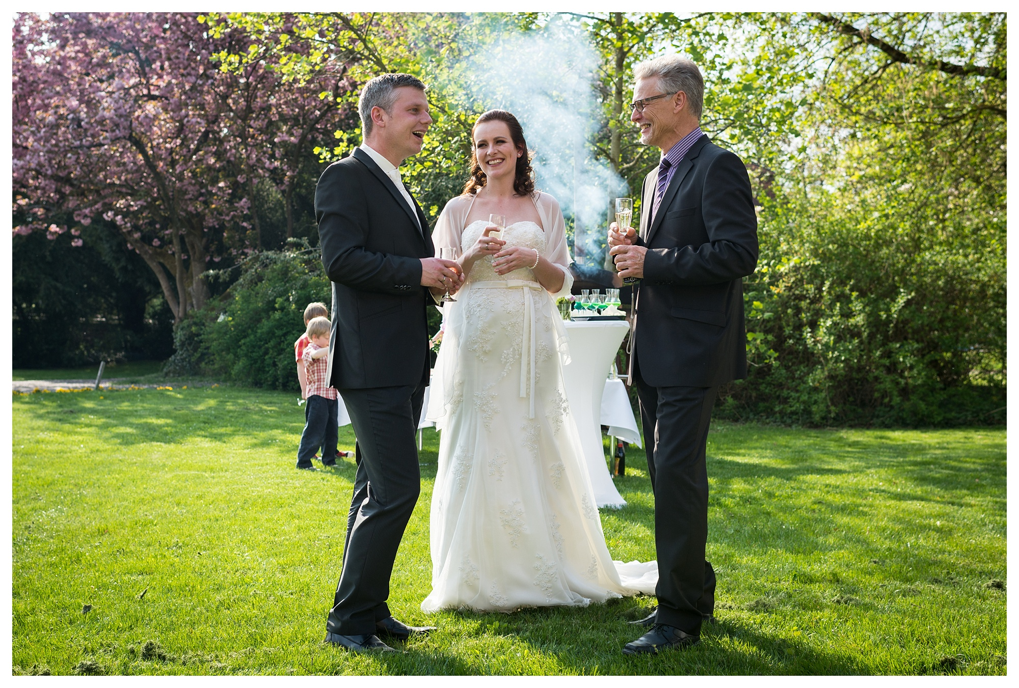 Fotograf Konstanz - Hochzeitsreportage Bettina Martin Heilbronn Elmar Feuerbacher Photography 45 - Wedding Story in Schöntal close to Heilbronn  - 111 -