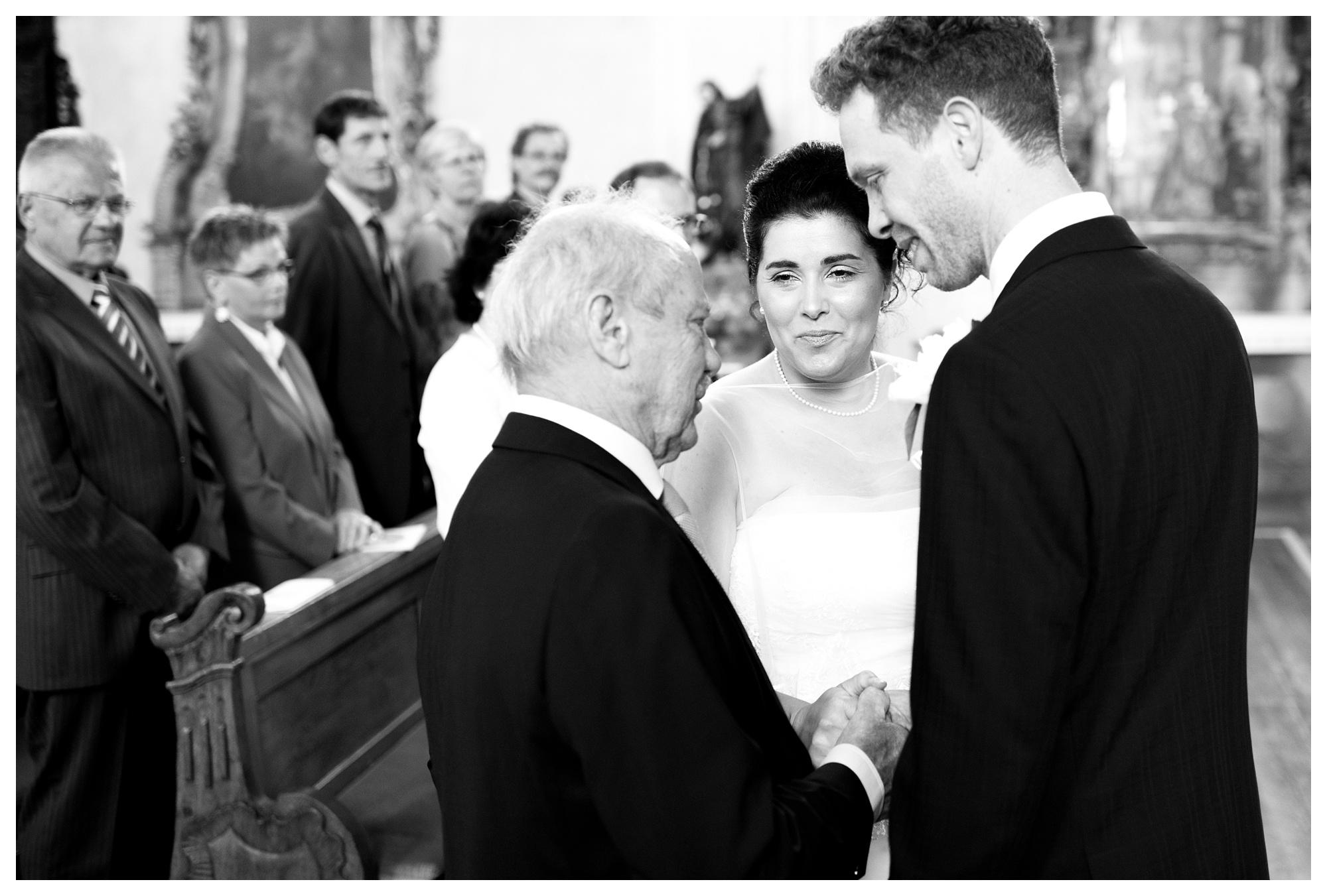 Fotograf Konstanz - Hochzeit Tanja Elmar Elmar Feuerbacher Photography Konstanz Messkirch Highlights 025 - Hochzeitsreportage von Tanja und Elmar im Schloss Meßkirch  - 24 -