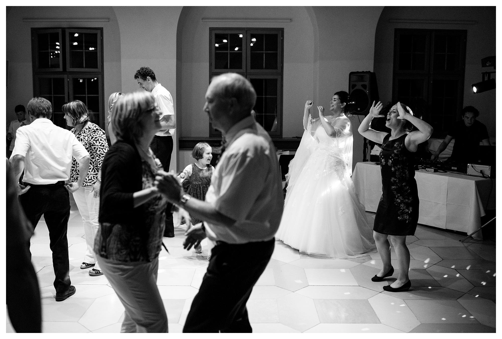 Fotograf Konstanz - Hochzeit Tanja Elmar Elmar Feuerbacher Photography Konstanz Messkirch Highlights 110 - Hochzeitsreportage von Tanja und Elmar im Schloss Meßkirch  - 209 -