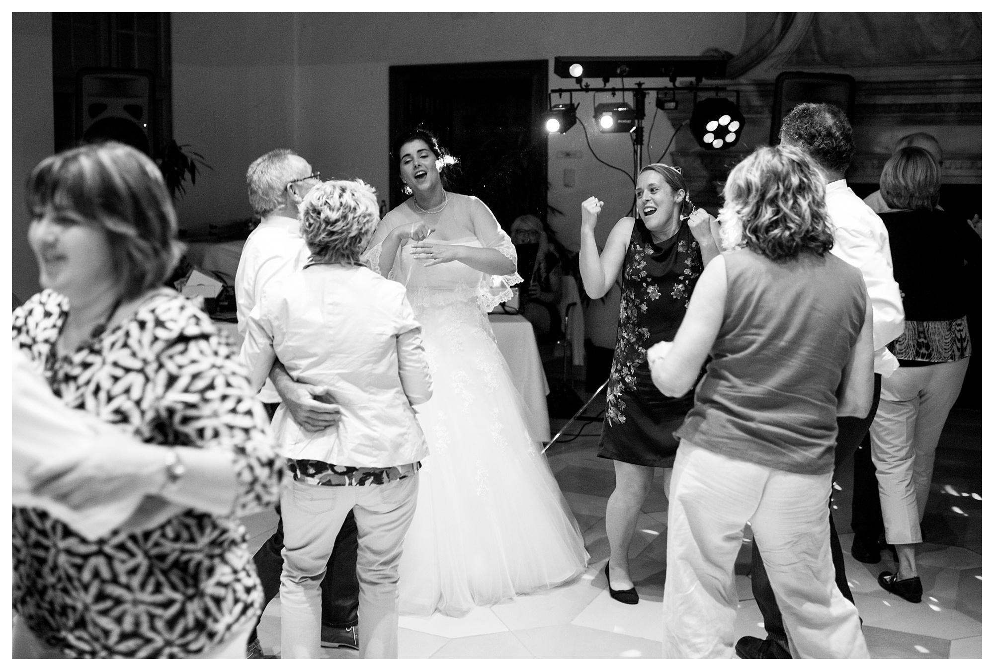 Fotograf Konstanz - Hochzeit Tanja Elmar Elmar Feuerbacher Photography Konstanz Messkirch Highlights 111 - Hochzeitsreportage von Tanja und Elmar im Schloss Meßkirch  - 210 -