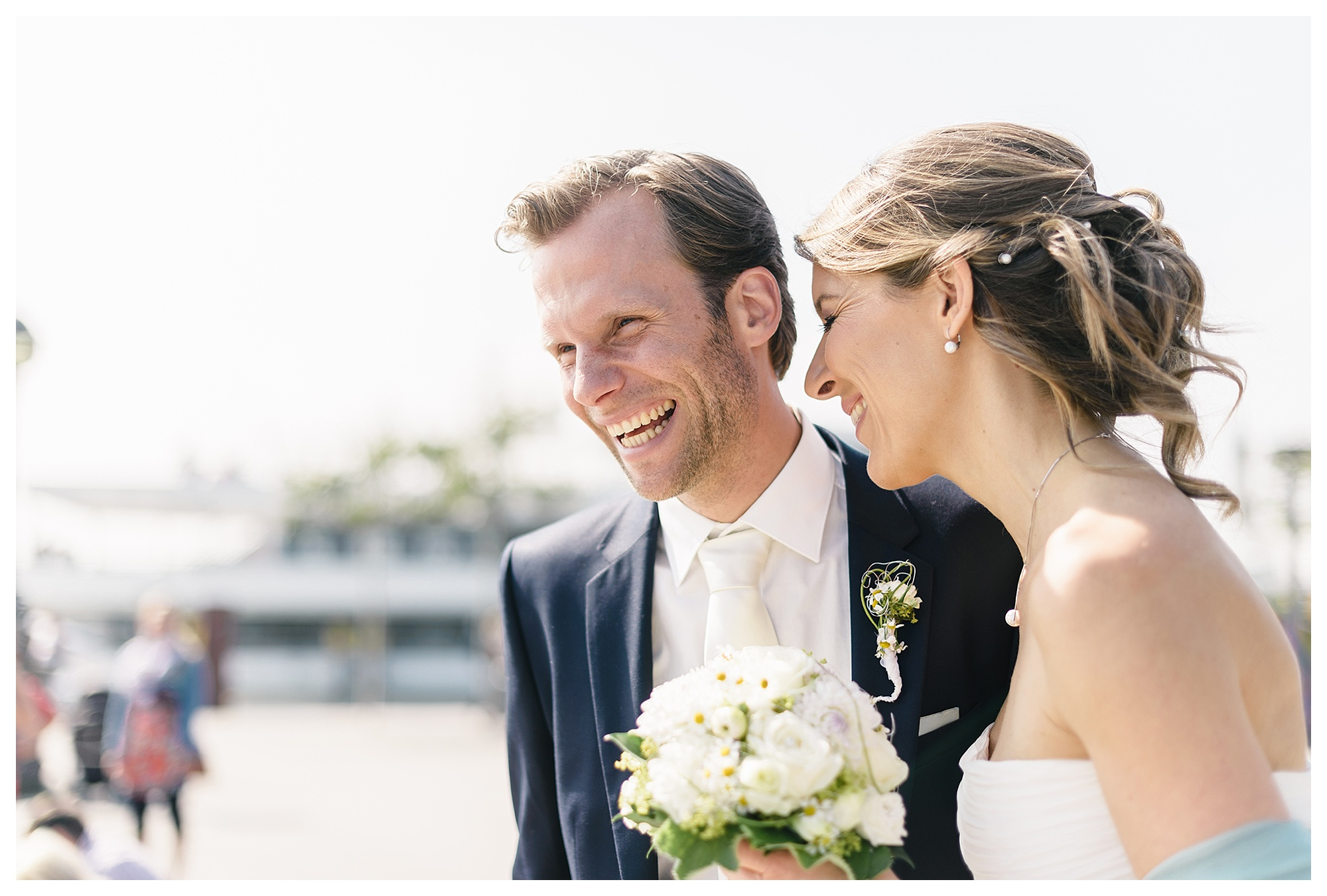 Fotograf Konstanz - Hochzeitsreportage Konstanz Raphael Nicole Elmar Feuerbacher Photography Hochzeit Portrait 19 - Wedding in Constance at Lake of Constance  - 55 -
