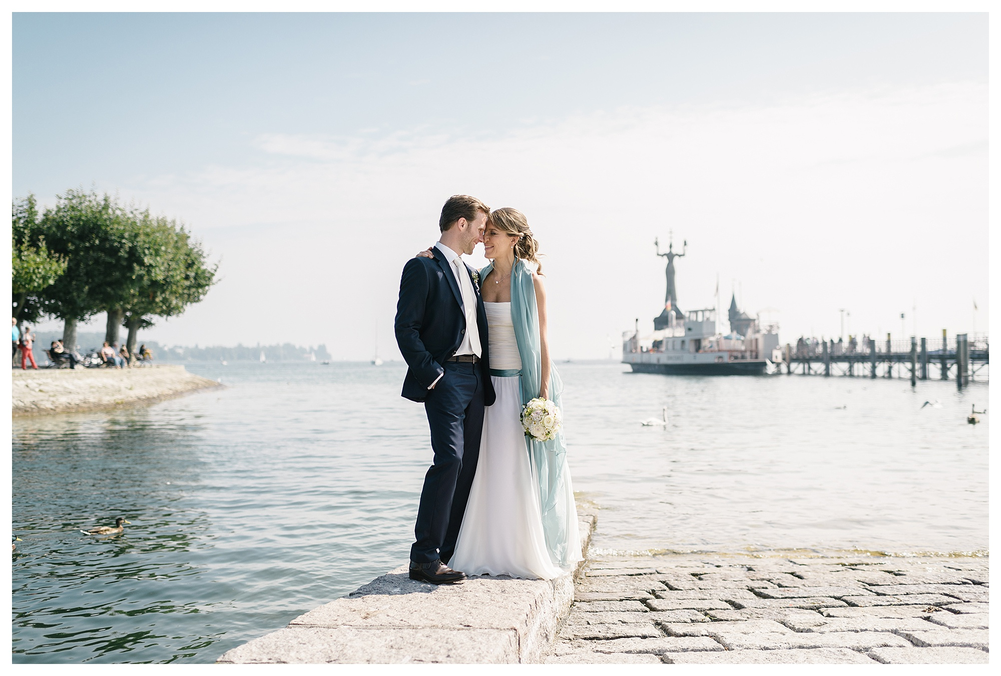 Fotograf Konstanz - Hochzeitsreportage Konstanz Raphael Nicole Elmar Feuerbacher Photography Hochzeit Portrait 21 - Wedding in Constance at Lake of Constance  - 57 -