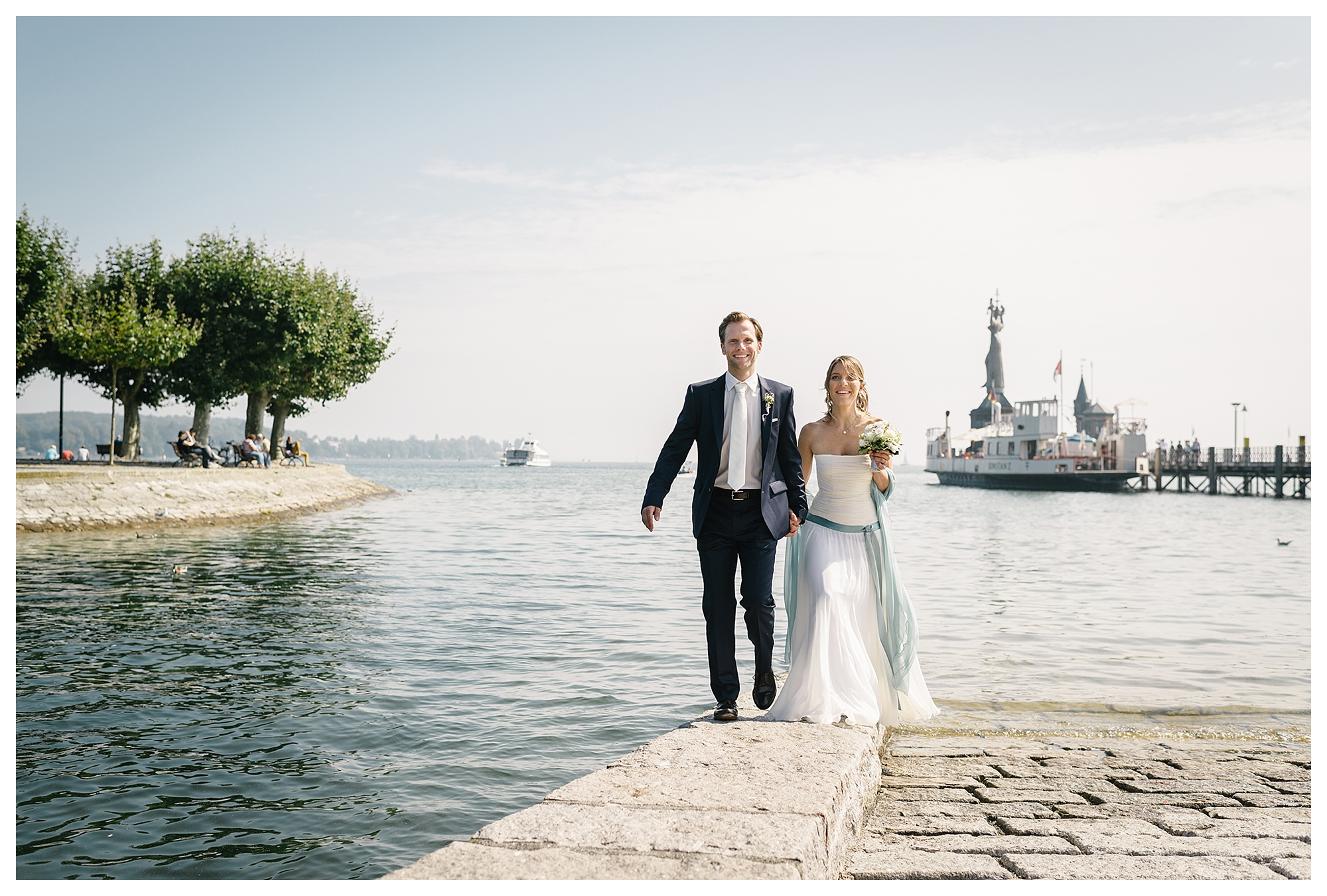 Fotograf Konstanz - Hochzeitsreportage Konstanz Raphael Nicole Elmar Feuerbacher Photography Hochzeit Portrait 25 - Wedding in Constance at Lake of Constance  - 60 -