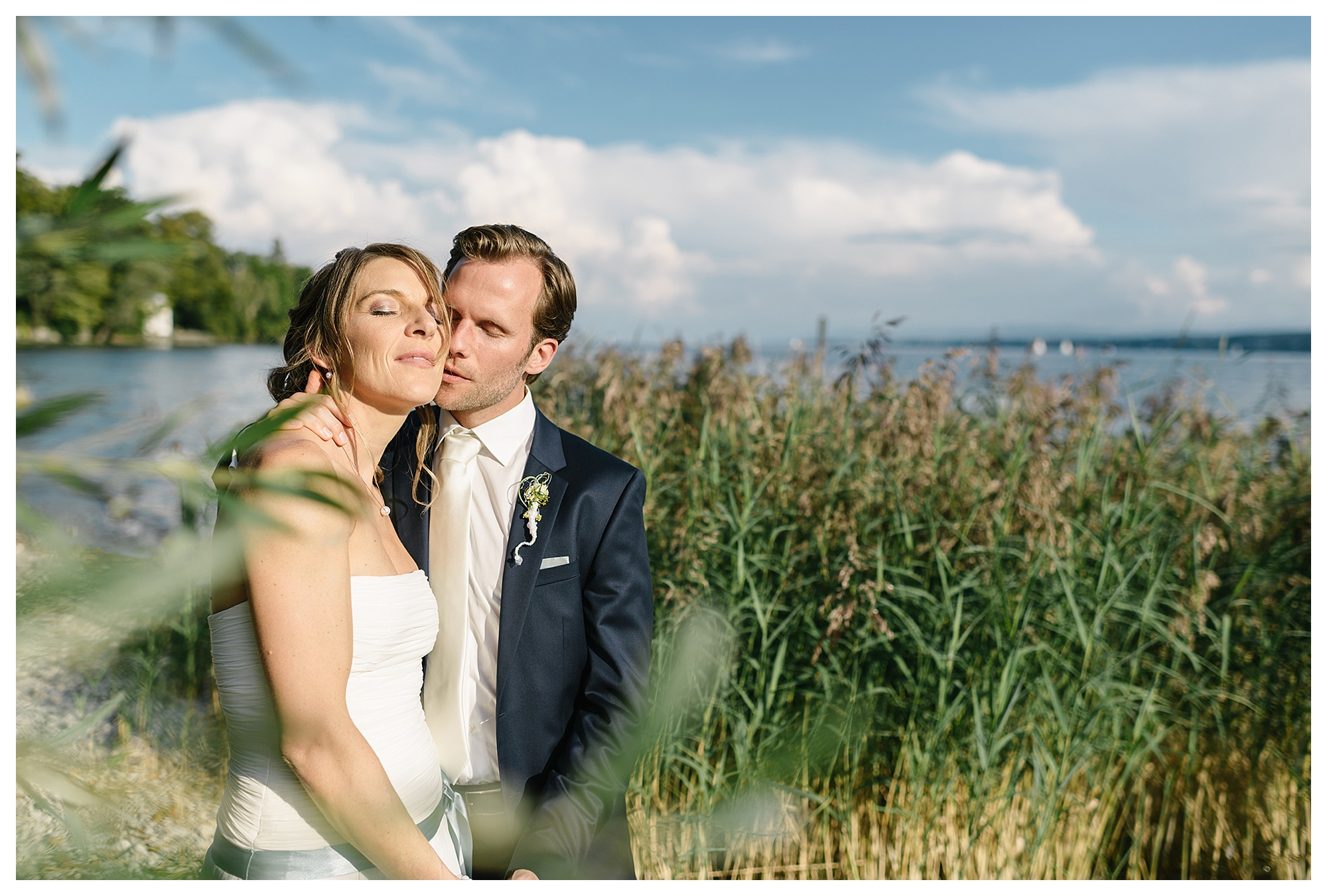 Fotograf Konstanz - Hochzeitsreportage Konstanz Raphael Nicole Elmar Feuerbacher Photography Hochzeit Portrait 42 - Wedding in Constance at Lake of Constance  - 63 -