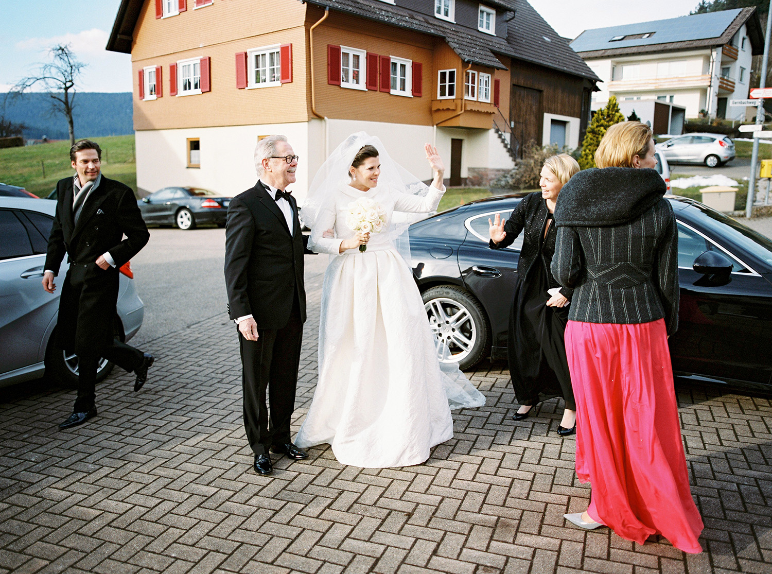 Fotograf Konstanz - Hochzeit Stephanie Stefan Baiersbronn Bareiss Elmar Feuerbacher Photography 35 - Noble winter wedding in Baiersbronn in Bareiss  - 108 -