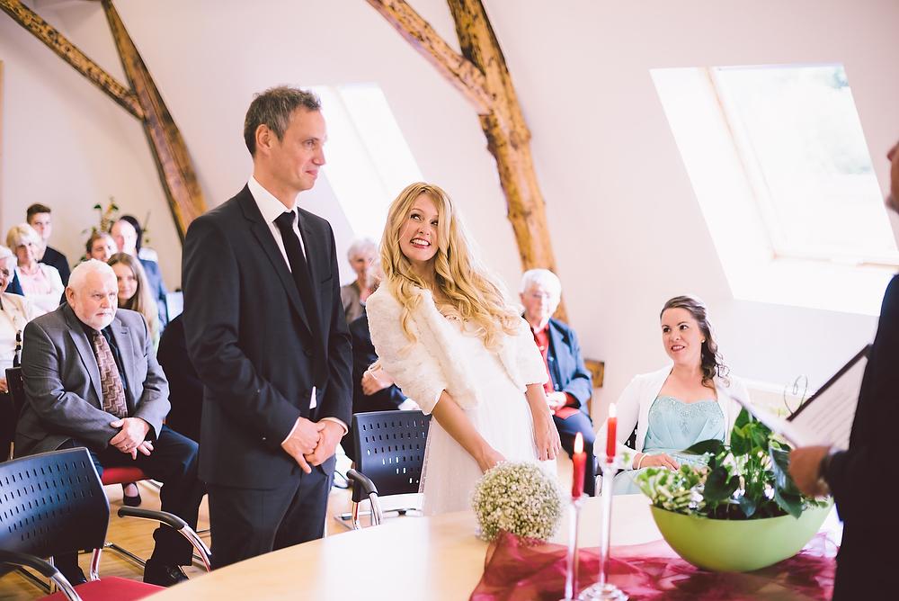 Fotograf Konstanz - Hochzeitsreportage in der Mühle am Schlossberg bei Kaiserslautern  - 18 -