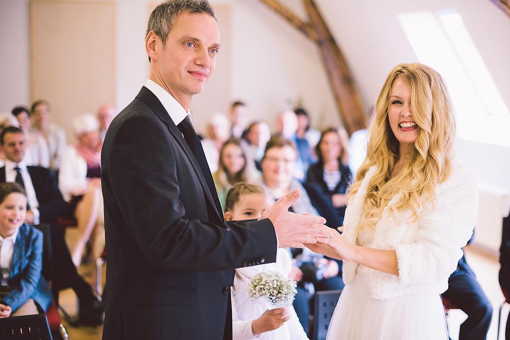 Fotograf Konstanz - Hochzeitsreportage in der Mühle am Schlossberg bei Kaiserslautern  - 20 -