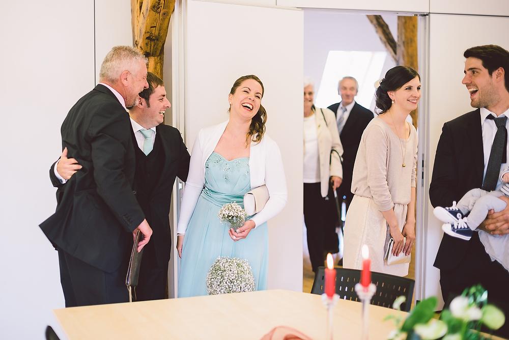 Fotograf Konstanz - Hochzeitsreportage in der Mühle am Schlossberg bei Kaiserslautern  - 22 -