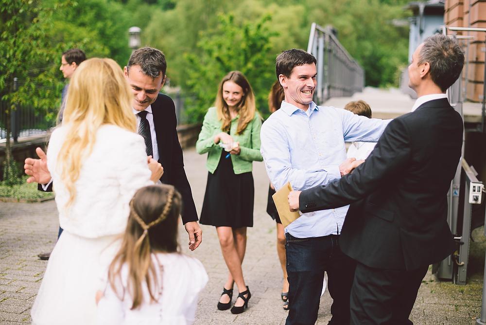 Fotograf Konstanz - Hochzeitsreportage in der Mühle am Schlossberg bei Kaiserslautern  - 27 -