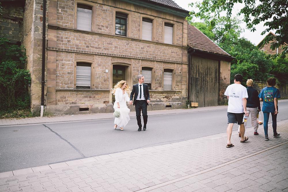 Fotograf Konstanz - Hochzeitsreportage in der Mühle am Schlossberg bei Kaiserslautern  - 34 -