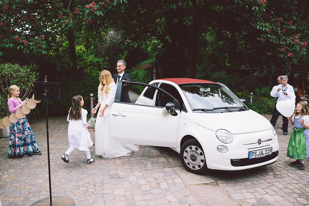 Fotograf Konstanz - Hochzeitsreportage in der Mühle am Schlossberg bei Kaiserslautern  - 35 -
