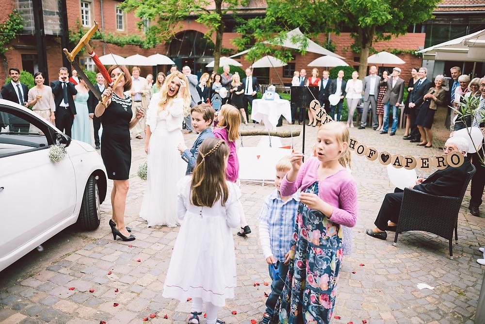 Fotograf Konstanz - Hochzeitsreportage in der Mühle am Schlossberg bei Kaiserslautern  - 38 -