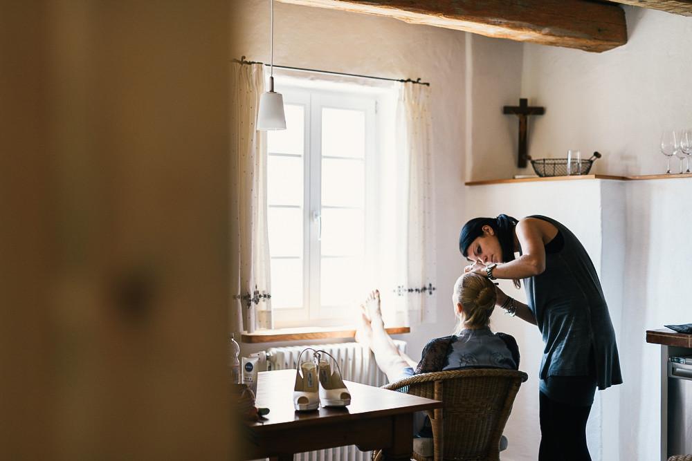 Fotograf Konstanz - Hochzeitsreportage Maisenburg natuerlich authentisch emotional kreativ Elmar Feuerbacher 010 - Hochzeitsreportage auf dem Hofgut Maisenburg - Schwäbische Alb  - 108 -