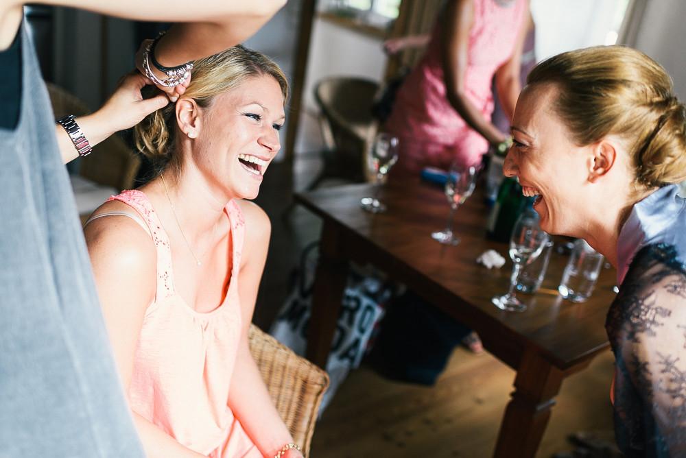 Fotograf Konstanz - Hochzeitsreportage Maisenburg natuerlich authentisch emotional kreativ Elmar Feuerbacher 019 - Hochzeitsreportage auf dem Hofgut Maisenburg - Schwäbische Alb  - 115 -