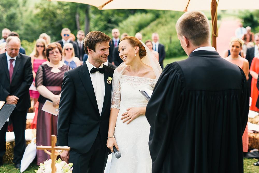 Fotograf Konstanz - Hochzeitsreportage auf dem Hofgut Maisenburg - Schwäbische Alb  - 43 -