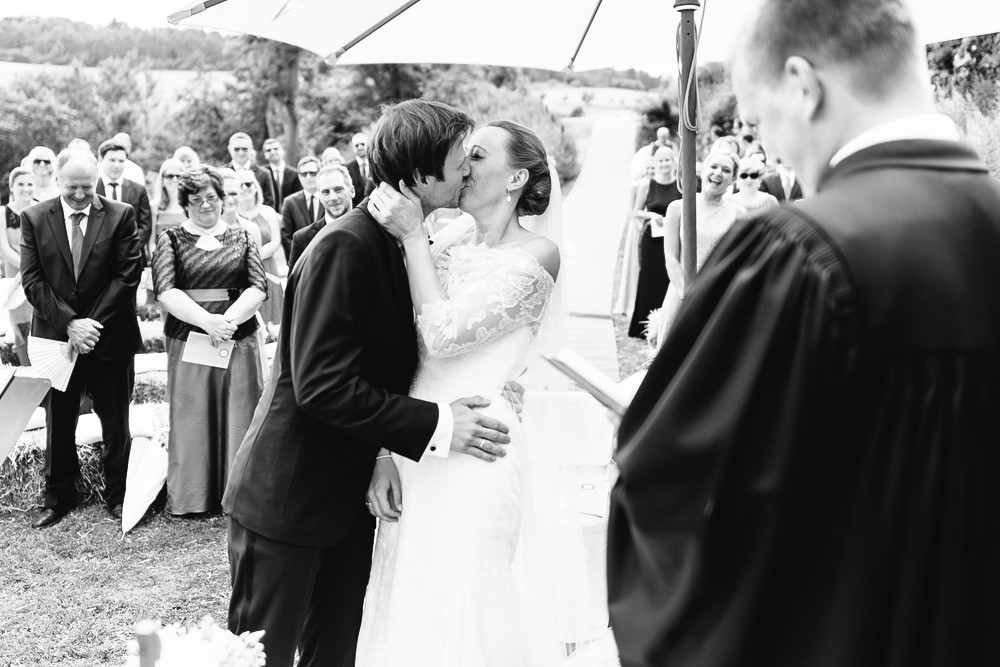 Fotograf Konstanz - Hochzeitsreportage auf dem Hofgut Maisenburg - Schwäbische Alb  - 44 -