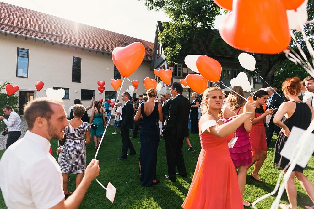 Fotograf Konstanz - Hochzeitsreportage auf dem Hofgut Maisenburg - Schwäbische Alb  - 68 -