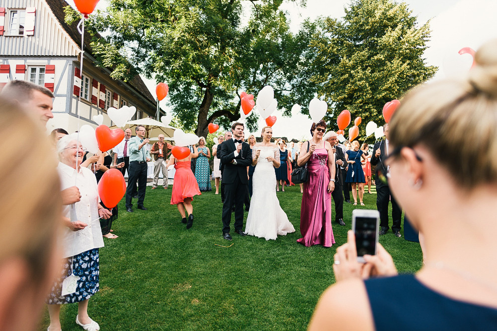 Fotograf Konstanz - Hochzeitsreportage auf dem Hofgut Maisenburg - Schwäbische Alb  - 69 -