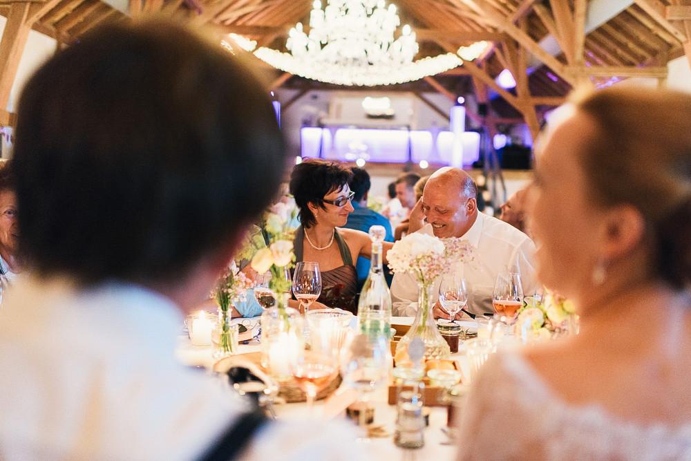 Fotograf Konstanz - Hochzeitsreportage auf dem Hofgut Maisenburg - Schwäbische Alb  - 78 -