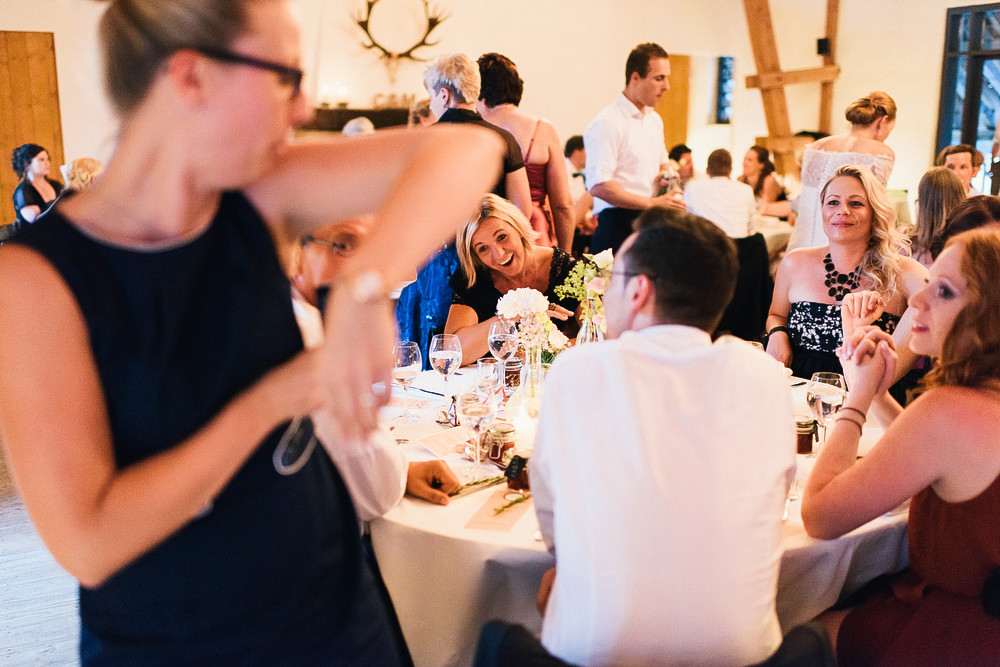 Fotograf Konstanz - Hochzeitsreportage auf dem Hofgut Maisenburg - Schwäbische Alb  - 80 -