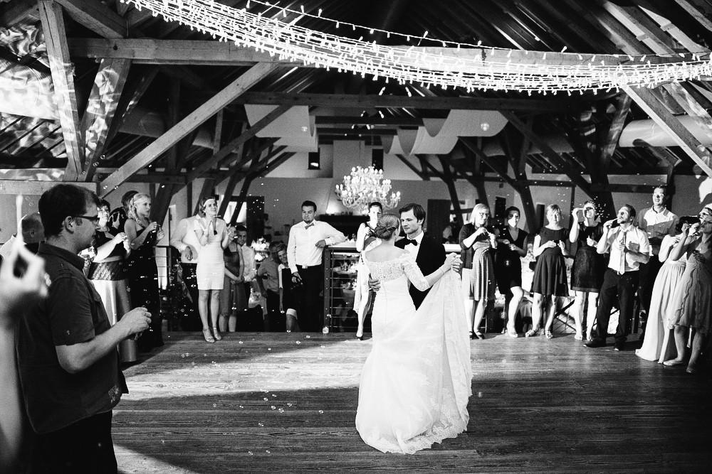 Fotograf Konstanz - Hochzeitsreportage auf dem Hofgut Maisenburg - Schwäbische Alb  - 89 -