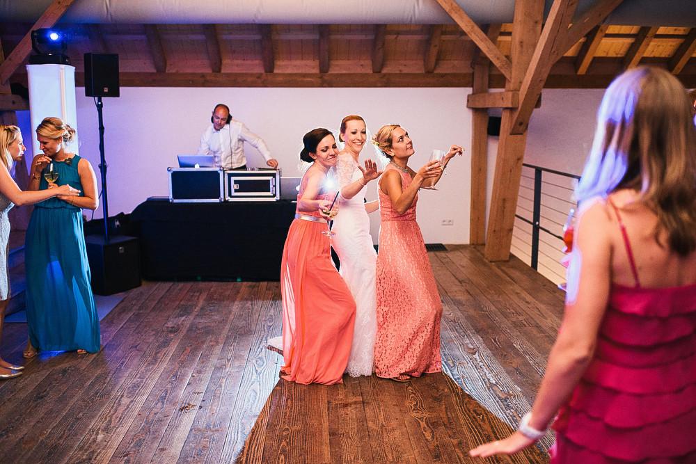 Fotograf Konstanz - Hochzeitsreportage auf dem Hofgut Maisenburg - Schwäbische Alb  - 94 -