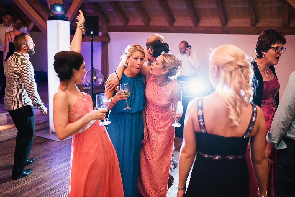 Fotograf Konstanz - Hochzeitsreportage auf dem Hofgut Maisenburg - Schwäbische Alb  - 98 -