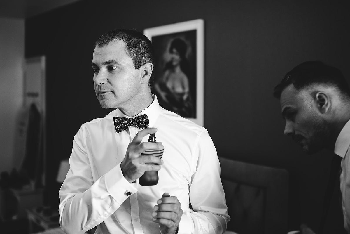 Fotograf Konstanz - Destination Wedding Romania Photographer Elmar Feuerbacher 015 - Rumänisch-Deutsche Hochzeit in Targu Jiu, Romania  - 13 -
