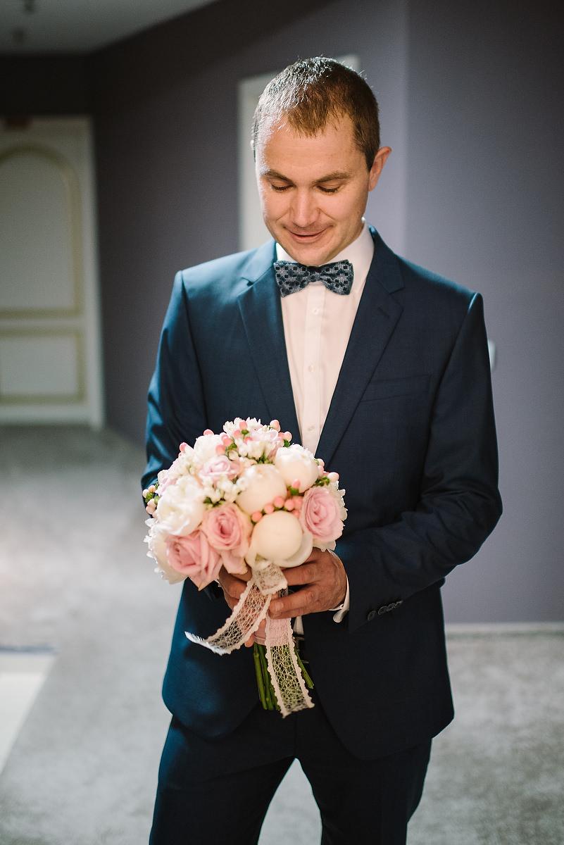Fotograf Konstanz - Destination Wedding Romania Photographer Elmar Feuerbacher 028 - Rumänisch-Deutsche Hochzeit in Targu Jiu, Romania  - 27 -