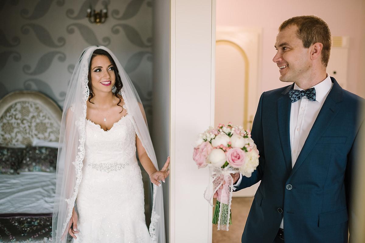 Fotograf Konstanz - Destination Wedding Romania Photographer Elmar Feuerbacher 029 - Rumänisch-Deutsche Hochzeit in Targu Jiu, Romania  - 28 -