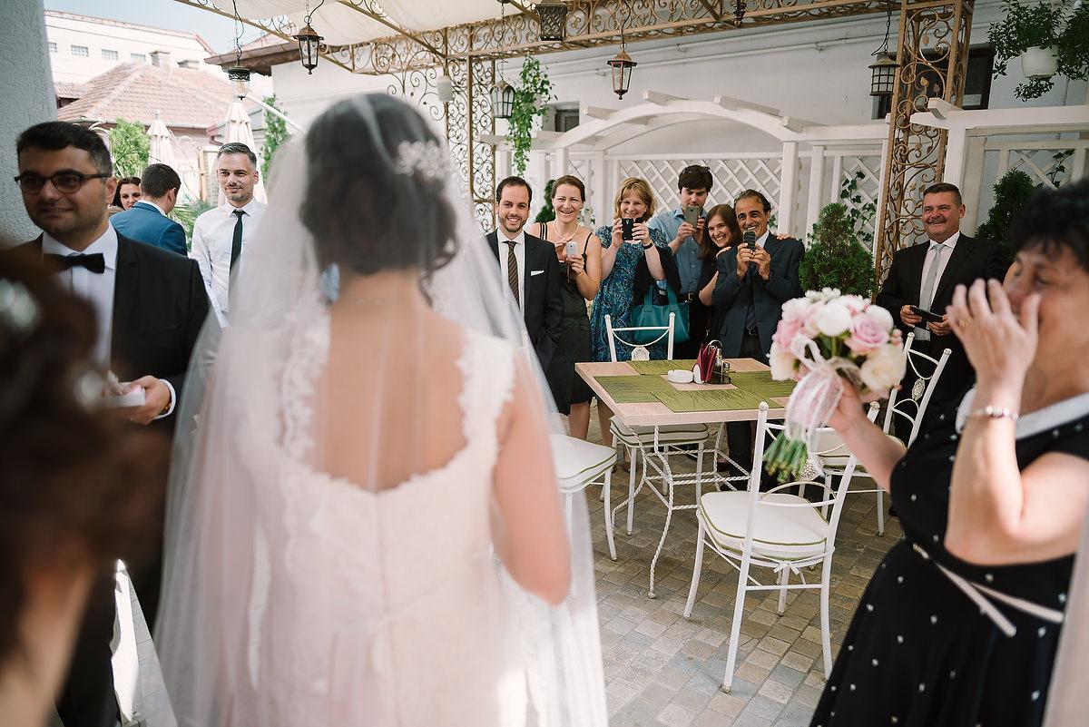 Fotograf Konstanz - Destination Wedding Romania Photographer Elmar Feuerbacher 033 - Rumänisch-Deutsche Hochzeit in Targu Jiu, Romania  - 32 -
