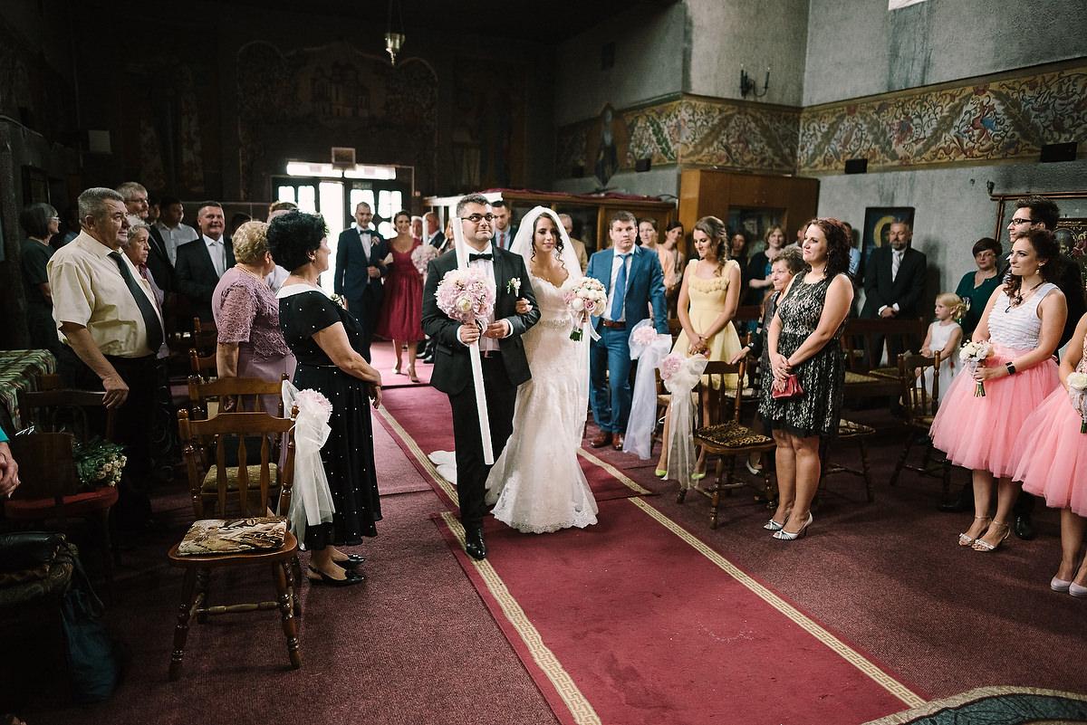 Fotograf Konstanz - Destination Wedding Romania Photographer Elmar Feuerbacher 040 - Rumänisch-Deutsche Hochzeit in Targu Jiu, Romania  - 40 -