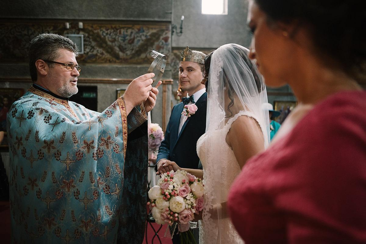 Fotograf Konstanz - Destination Wedding Romania Photographer Elmar Feuerbacher 050 - Rumänisch-Deutsche Hochzeit in Targu Jiu, Romania  - 50 -