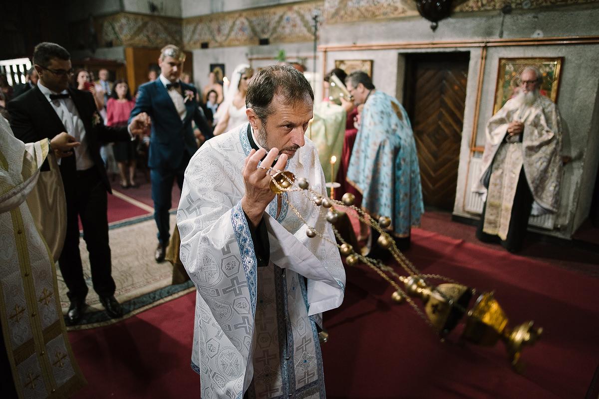 Fotograf Konstanz - Destination Wedding Romania Photographer Elmar Feuerbacher 056 - Rumänisch-Deutsche Hochzeit in Targu Jiu, Romania  - 56 -