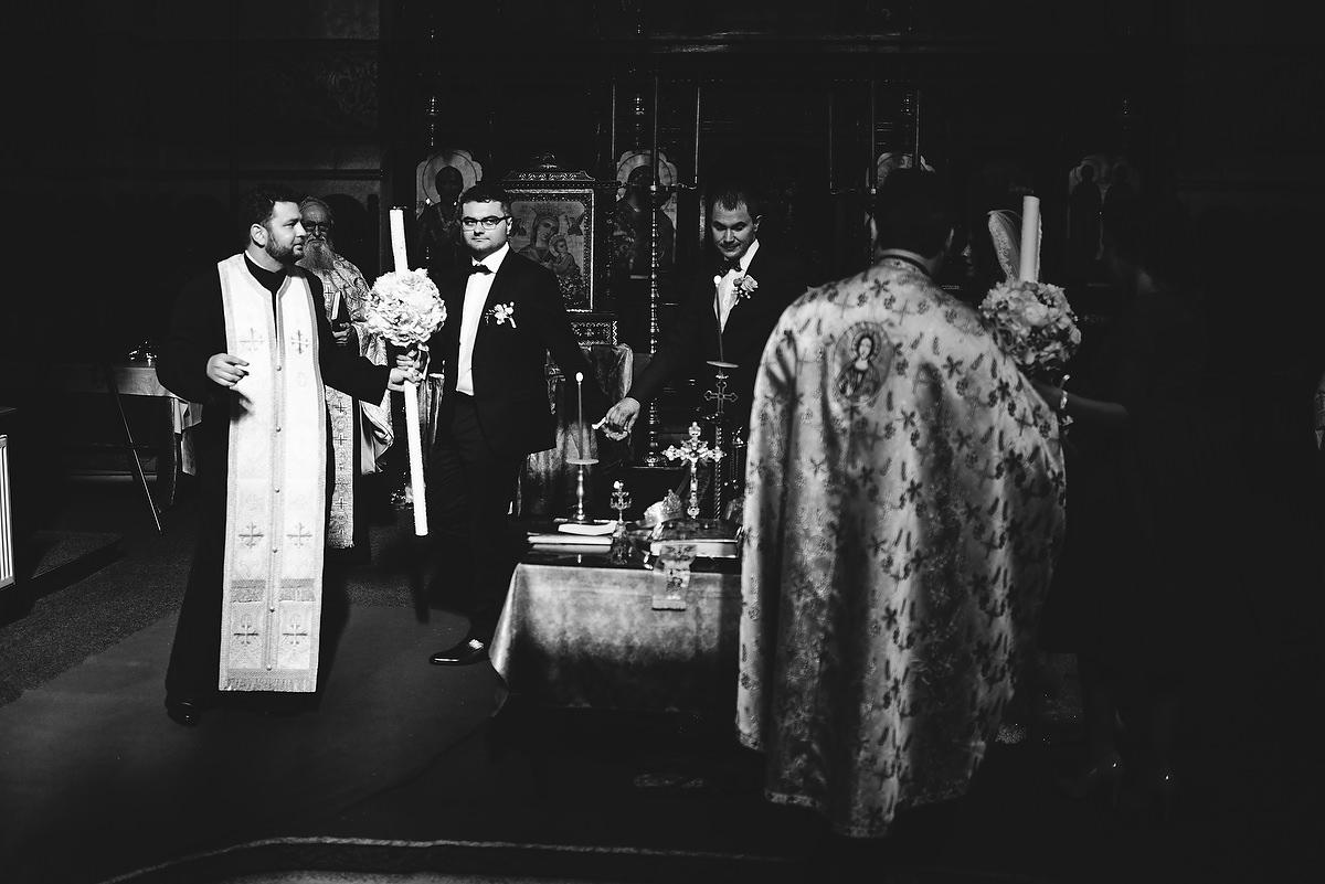 Fotograf Konstanz - Destination Wedding Romania Photographer Elmar Feuerbacher 063 - Rumänisch-Deutsche Hochzeit in Targu Jiu, Romania  - 62 -