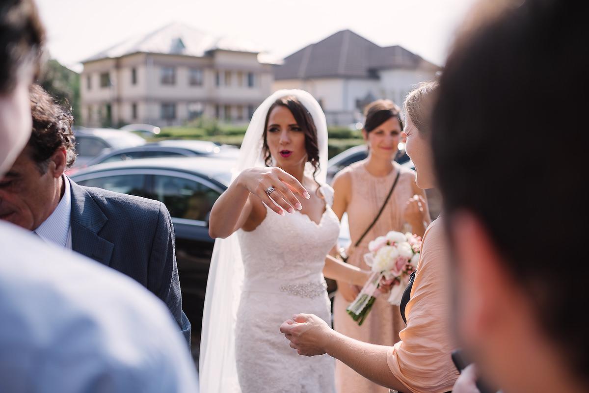 Fotograf Konstanz - Destination Wedding Romania Photographer Elmar Feuerbacher 069 - Rumänisch-Deutsche Hochzeit in Targu Jiu, Romania  - 66 -