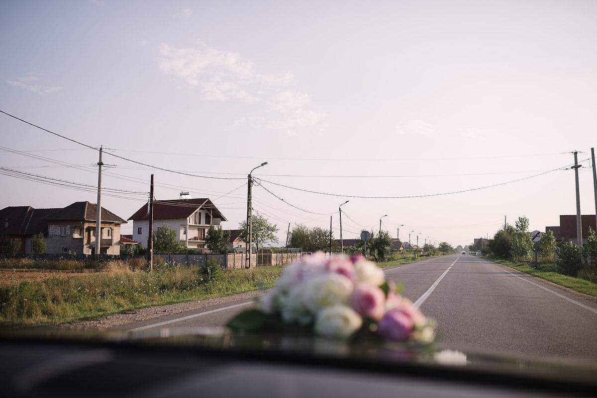 Fotograf Konstanz - Destination Wedding Romania Photographer Elmar Feuerbacher 083 - Rumänisch-Deutsche Hochzeit in Targu Jiu, Romania  - 74 -