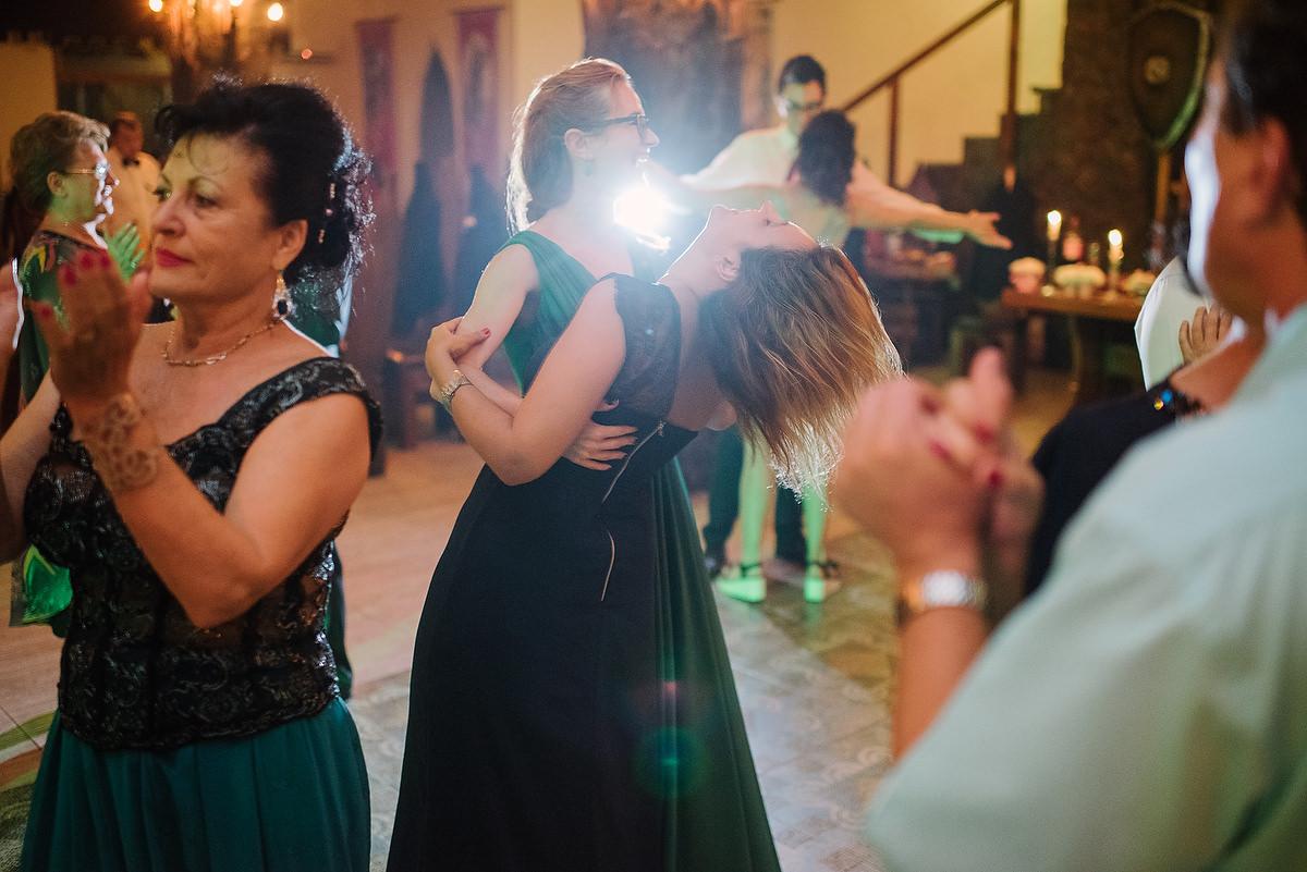 Fotograf Konstanz - Destination Wedding Romania Photographer Elmar Feuerbacher 127 - Rumänisch-Deutsche Hochzeit in Targu Jiu, Romania  - 115 -