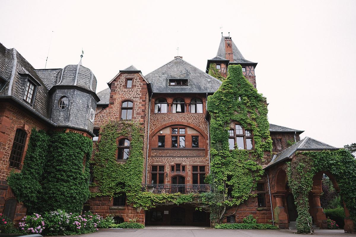 Fotograf Konstanz - Persian-german wedding on castle Saareck in Saarland  - 6 -