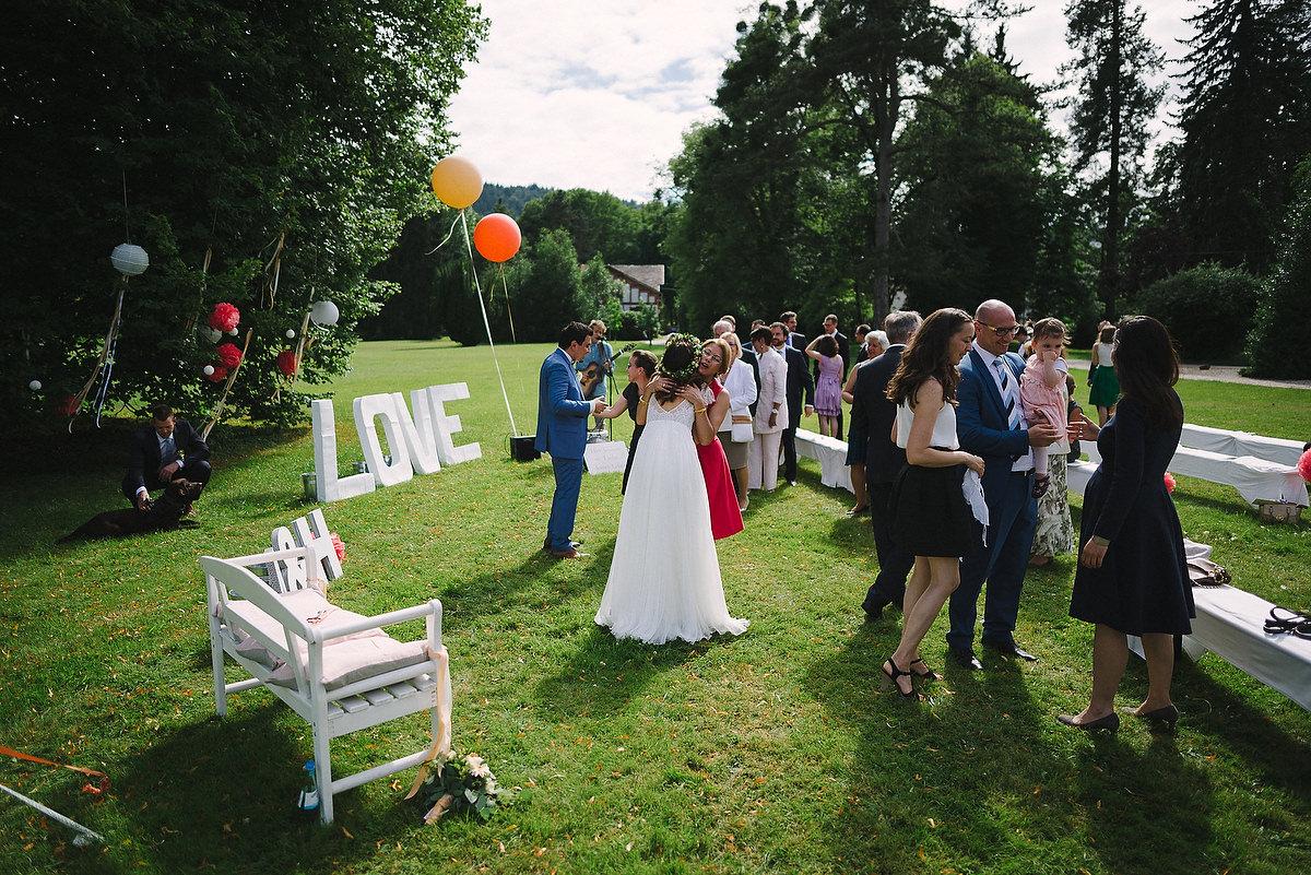 Fotograf Konstanz - Persian-german wedding on castle Saareck in Saarland  - 39 -
