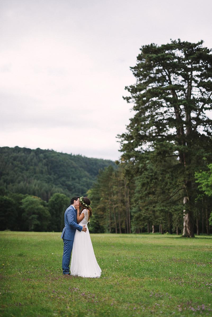 Fotograf Konstanz - Hochzeitsreportage Schloss Saareck Saarland Elmar Feuerbacher Photography 089 - Persian-german wedding on castle Saareck in Saarland  - 145 -