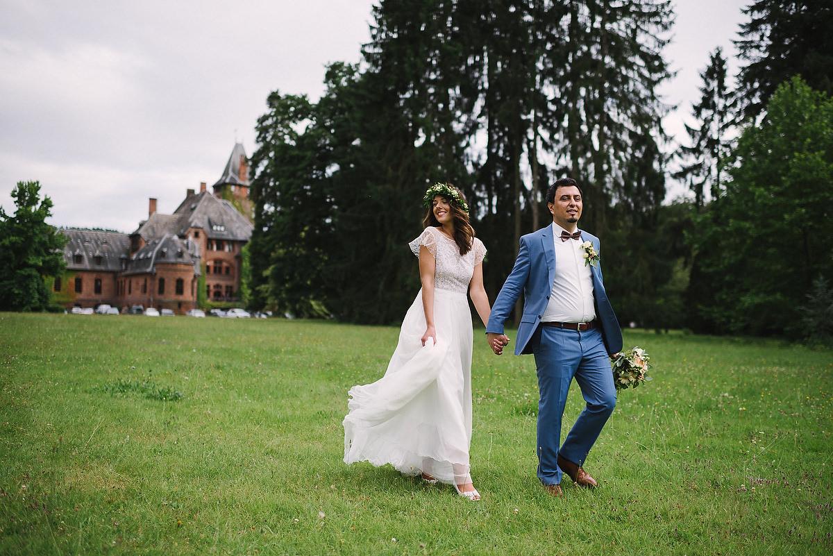 Fotograf Konstanz - Persian-german wedding on castle Saareck in Saarland  - 59 -