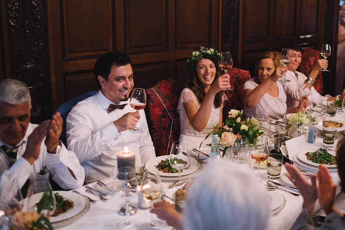 Fotograf Konstanz - Hochzeitsreportage Schloss Saareck Saarland Elmar Feuerbacher Photography 120 - Persian-german wedding on castle Saareck in Saarland  - 162 -