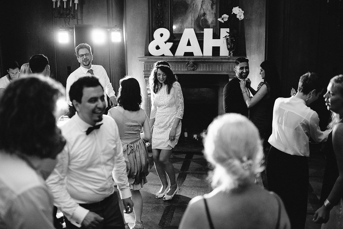 Fotograf Konstanz - Persian-german wedding on castle Saareck in Saarland  - 89 -