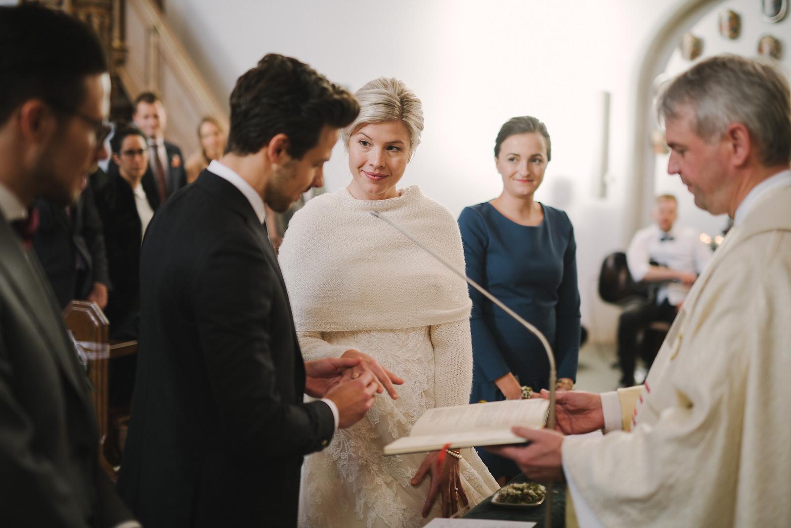 Fotograf Konstanz - Silvester Wedding in Hagnau / Friedrichshafen at Lake of Constance  - 16 -