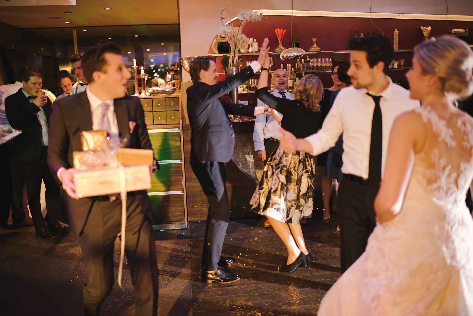 Fotograf Konstanz - Silvester Wedding in Hagnau / Friedrichshafen at Lake of Constance  - 56 -