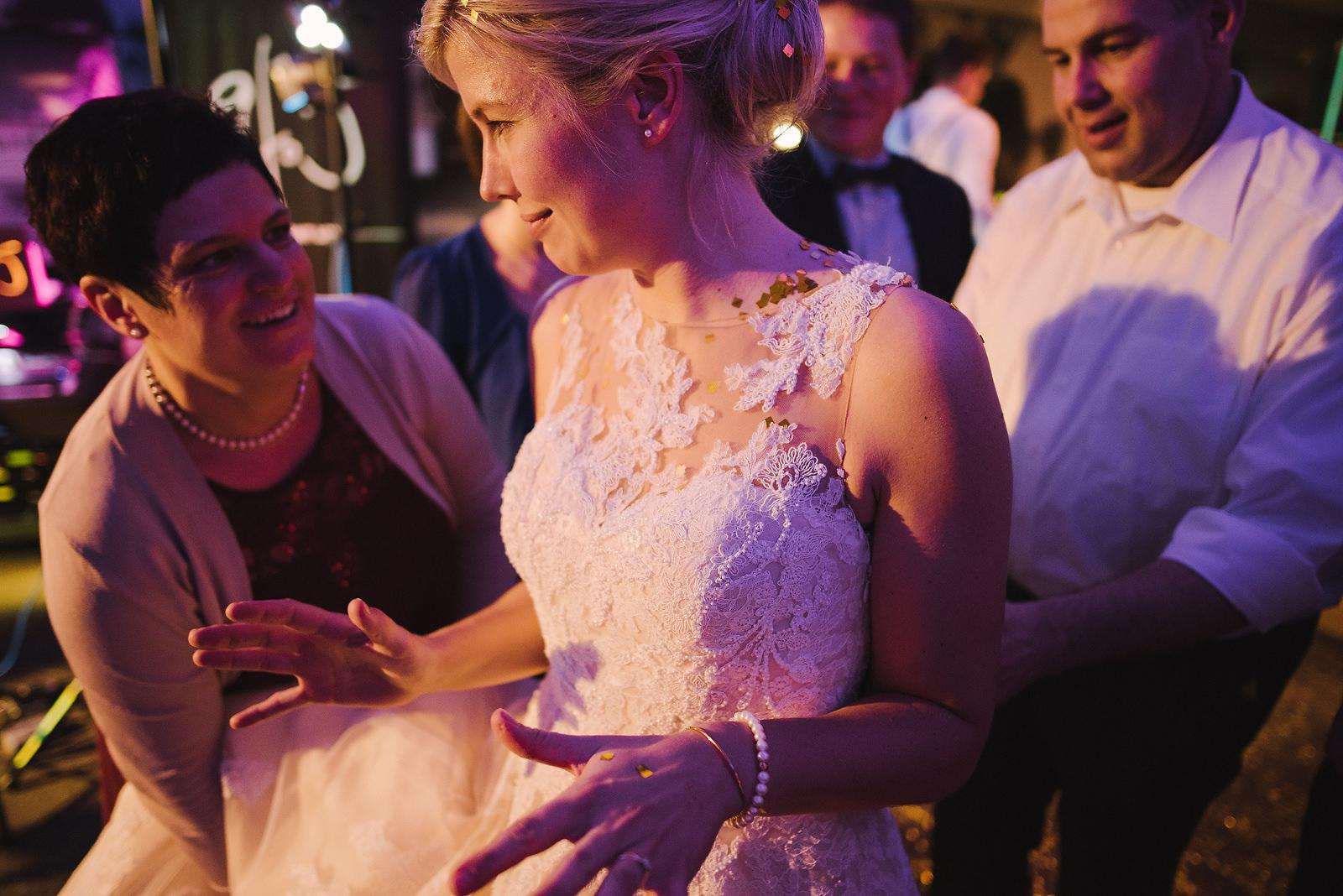 Fotograf Konstanz - Hochzeit Friedrichshafen Bodensee Hochzeitsfotograf EFP 85 - Silvester Hochzeit in Hagnau / Friedrichshafen am Bodensee  - 65 -