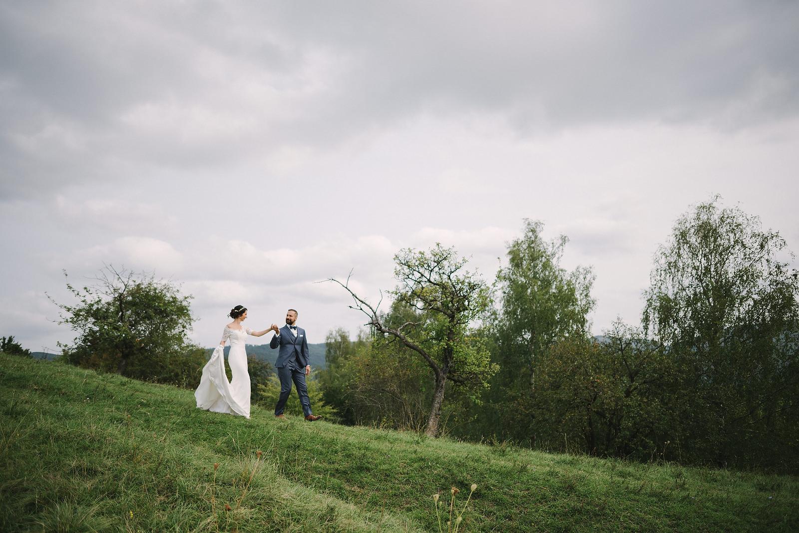 Fotograf Konstanz - Hochzeitsfotograf Reutlingen Achalm Hochzeit EFP 30 - Documentary wedding story on the Achalm, Reutlingen  - 23 -