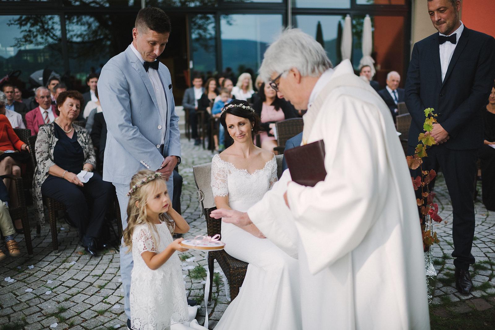 Fotograf Konstanz - Hochzeitsfotograf Reutlingen Achalm Hochzeit EFP 48 - Documentary wedding story on the Achalm, Reutlingen  - 39 -